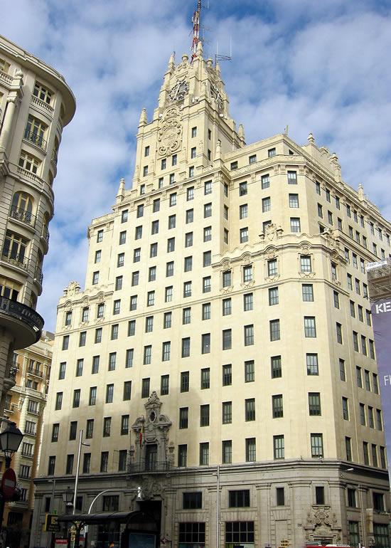 Madrid_Monumenten-Edificio-Telefonica-.jpg