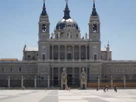 Madrid_almudena