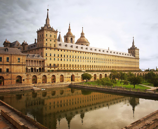 Madrid_even-stad-uit-El-Escorial.jpg