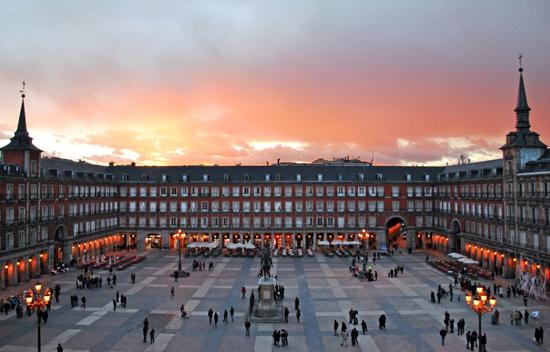 Madrid_momenten-Plaza-Mayor.jpg