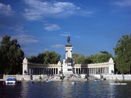 Madrid_parken-Parque-del-Buen-Retiro2.jpg
