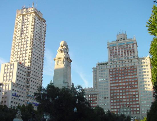 Madrid_wijken---Plaza-de-Espanag.jpg