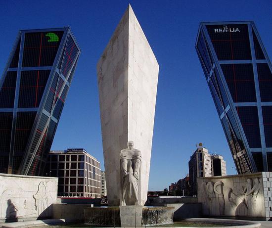 Madrid_wjken-Plaza-Castilla.jpg